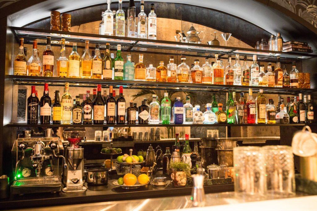 bartender_b_2_1185
